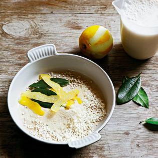 Rezept von Hugh Fearnley-Whittingstall: Mandel-Reispudding mit Zitronen und Lorbeer