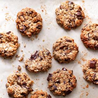 rezept von cynthia barcomi coconut oatmeal biggies with chunks of chocolate valentinas. Black Bedroom Furniture Sets. Home Design Ideas