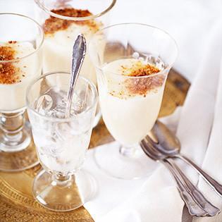 Rezept von Rob & Sophia Palmer: Milchpudding mit Orangenblütenwasser & Mandeln