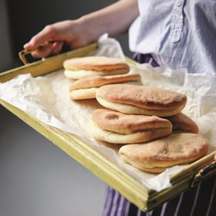 Rezept von Gaitri Pagrach-Chandra: Coco Bread & Butter Flap