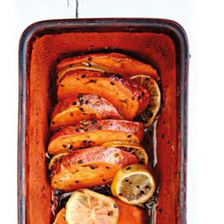 Rezept von Camilla Jensen: Ofengebackene Süßkartoffel mit Limette und Chili