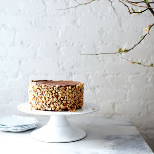 Rezept von Amy Chaplin: Chocolate Hazelnut Layer Cake