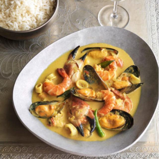 Rezept von Anjum Anand: Cremiges Meeresfrüchtecurry aus Kerala