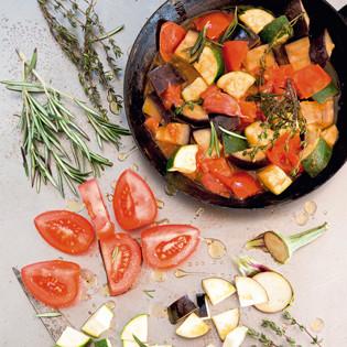 Rezept von Aurélie Bastian: Ratatouille – Gemüsepfanne aus der Provence - Valentinas-Kochbuch.de ...