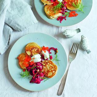 Rezept von Martina Kittler: Buchweizen-Blini mit Rote-Bete-Tatar und Kaviar