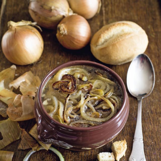 Rezept von Aurélie Bastian: Soupe à l'oignon