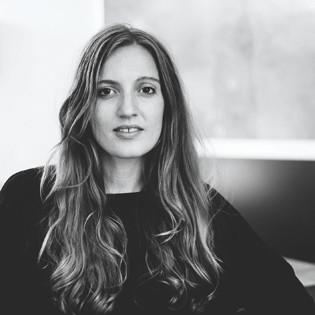 autorenfoto-portrait-luisa-zeltner-valentinas