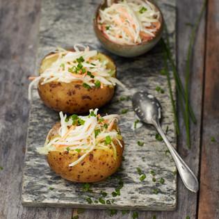 Rezept von Bettina Matthaei: Coleslaw in der Ofenkartoffel
