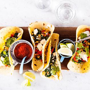 Rezept von Thomasina Miers: Sommerfrische Tacos mit Spinat und Feta