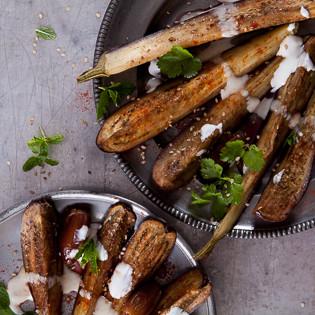 Rezept aus Big Flavour: Aubergine – Datteln – Tahini