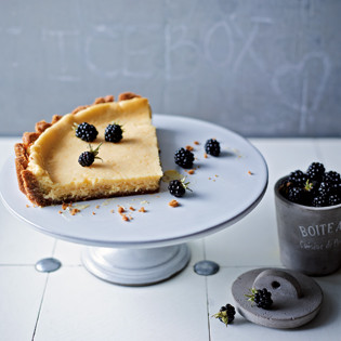 Rezept von Cynthia Barcomi: Lemon Buttermilk Ice Box Pie