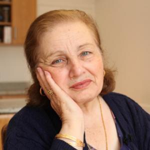 autorenfoto-portrait-salma-hage-valentinas