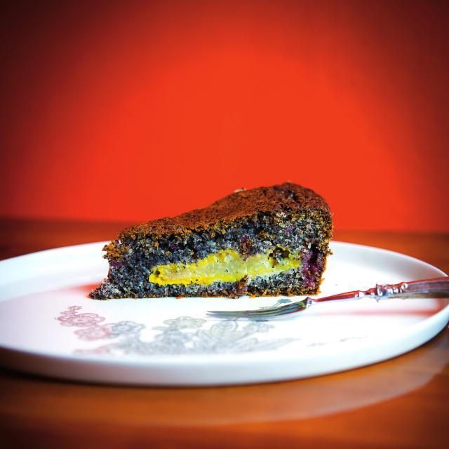 Rezept von den Scharl-Schwestern: Graumohnkuchen mit Preiselbeeren