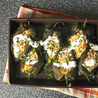 Rezept von Deb Perelman: Poblanos gefüllt mit Mais-Risotto