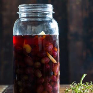Rezept von Alex Elliott-Howery & James Grant: Eingelegte blaue Trauben
