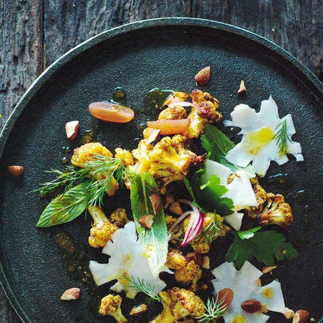 Rezept von Elliott-Howery & Grant: Pikanter Blumenkohlsalat