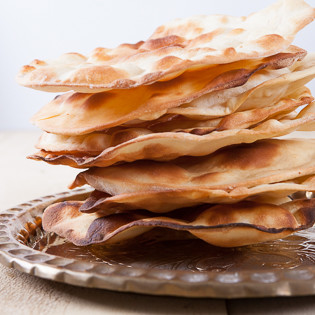 Rezept von Amandip Uppal: Einfaches Naan-Brot