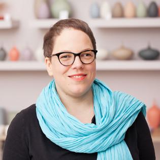 """Interview: Autorin Katharina Seiser über """"So schmecken Wildpflanzen"""""""