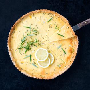 Rezept von Daniel Grothues: Tarte au Citron mit Salzflocken & Rosmarin