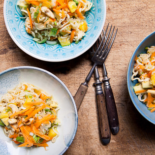 Rezept von Nell Benton: Asia-Nudel-Kohl-Salat