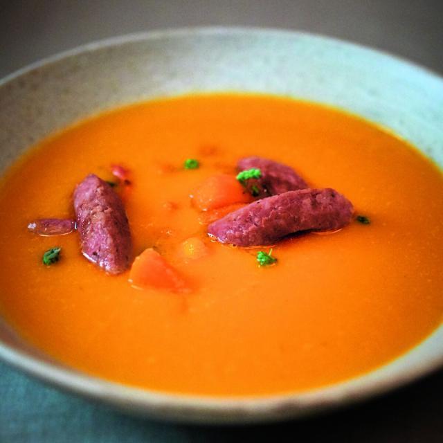 Rezept von Tim Mälzer: Kürbissuppe mit Salsiccia