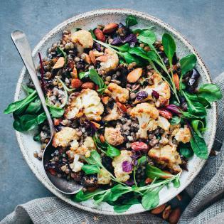 Rezept von David Frenkiel & Luise Vindahl: Orientalischer Blumenkohl-Linsen-Salat