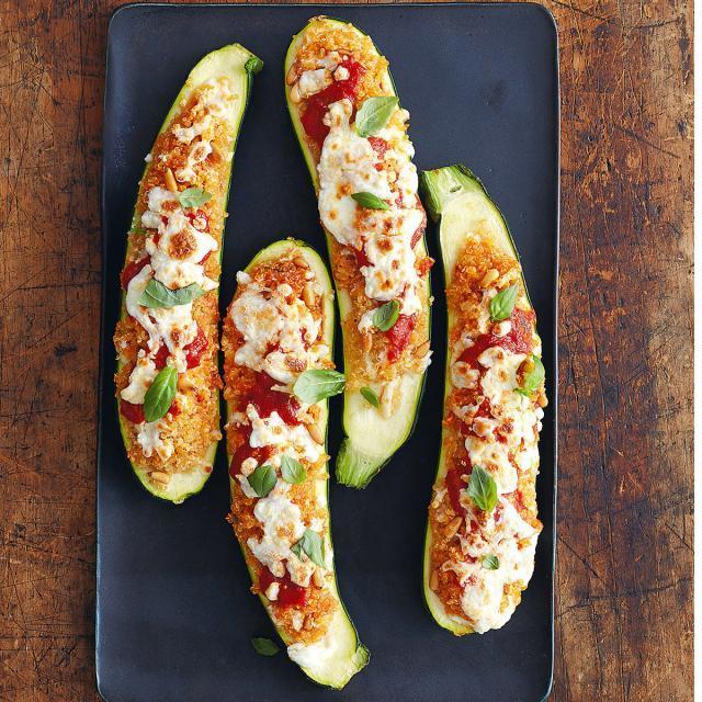 Rezept von Molly Shuster: Zucchini mit Quinoa gefüllt