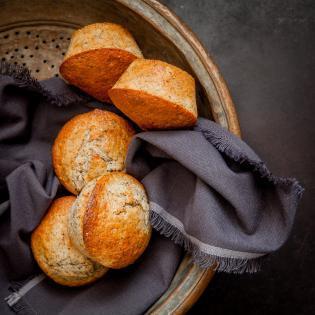 Rezept von Melissa Forti: Riesenmuffins mit Orangen, Kardamom & Mohn