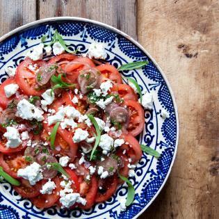 Rezept von Aaron Bertelsen: Tomatensalat mit Sumach-Dressing