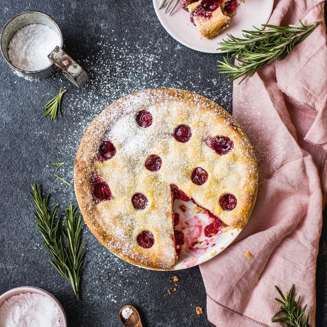Rezept von Lisa Nieschlag & Lars Wentrup: Cherry Rosemary Pie