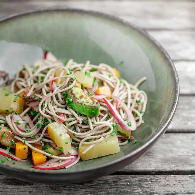 Rezept aus Nature II: Soba mit Gemüse & Früchten