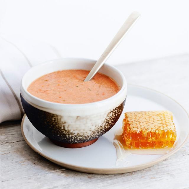 Rezept von Eva Derndorfer & Elisabeth Fischer: Melonengazpacho mit Wabenhonig