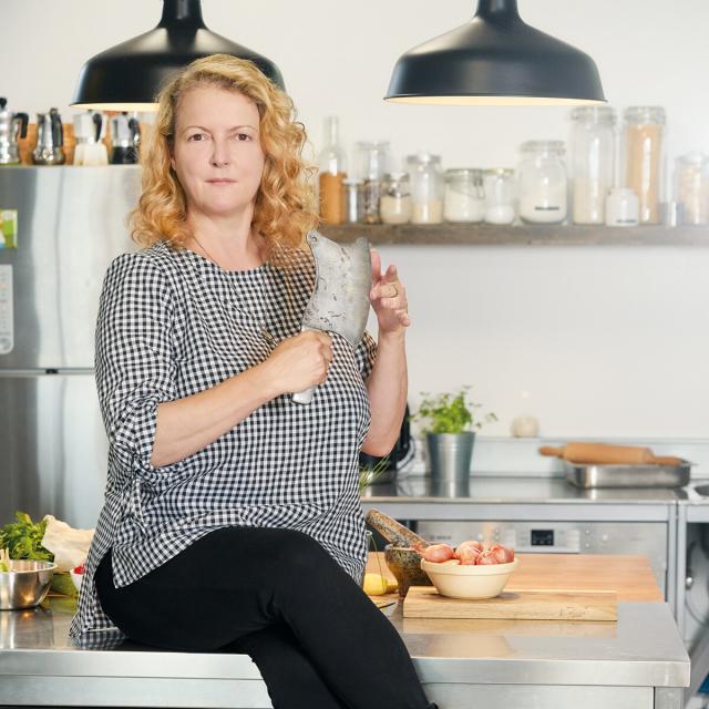 Interview über Geniale Fleischgerichte jenseits vom Filet: Autorin Petra Hammerstein