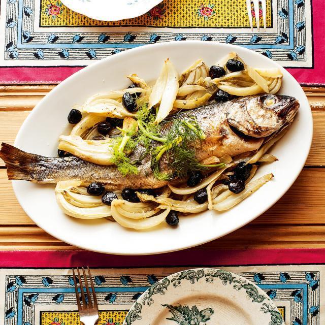 Rezept von Tessa Kiros: Loup de Mer mit Fenchel & Pastis