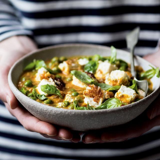 Rezept von Emily Dobbs: Erbsen-Panir-Curry