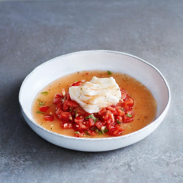 Rezept von Susanne Walter: Pochierter Kabeljau mit Tomaten-Ingwer-Sud