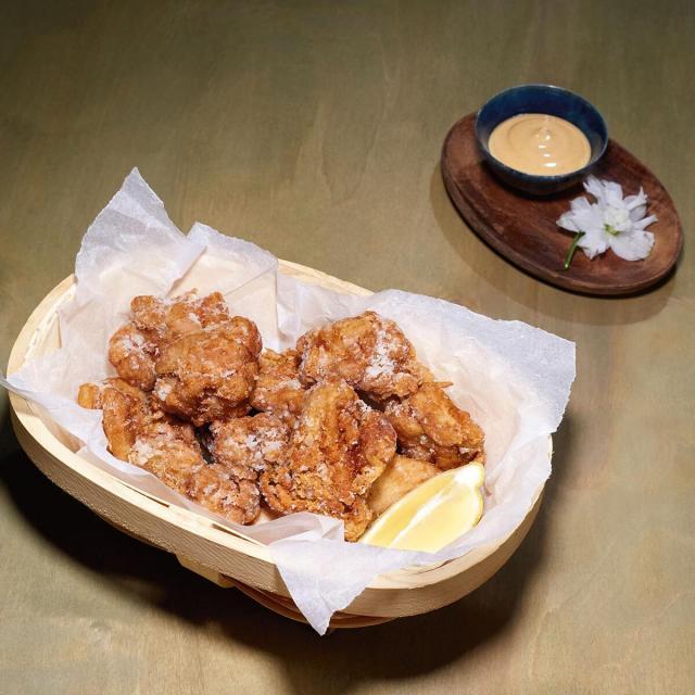 Rezept von Mochi: Knuspriges Hühnchen – Chilimayonnaise