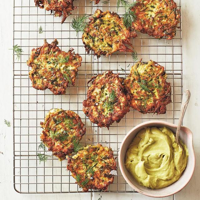 Rezept von Athena Calderone: Zucchini-Schafskäse-Rösti