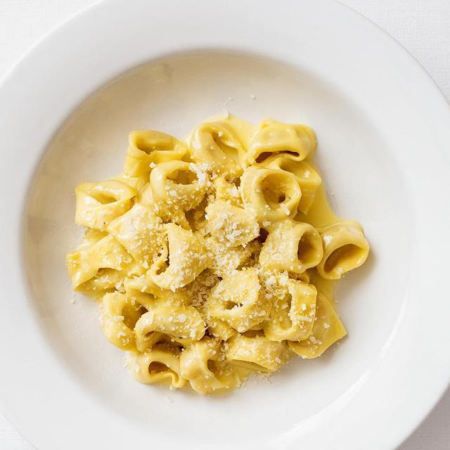 Rezept von Anna Pearson: Tortellini Schweinefleisch, Prosciutto cotto, Mortadella, Rahm