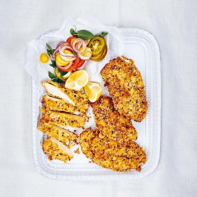 Rezept von Gabriele Halper & Irena Rosc: Hühnerschnitzel mit Kruste