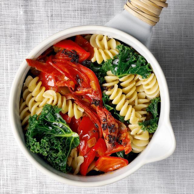 Rezept von Susanne Bodensteiner & Sabine Schlimm: Grünkohlpasta mit Chorizo