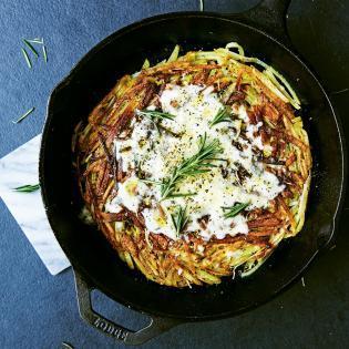Rezept von Meike Peters: Raclette-Rösti mit Rosmarin und Zitrone