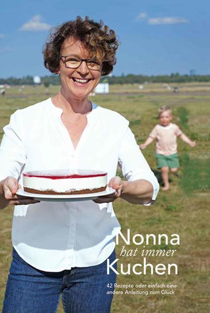 Backbuch von Danica Lind: Nonna hat immer Kuchen