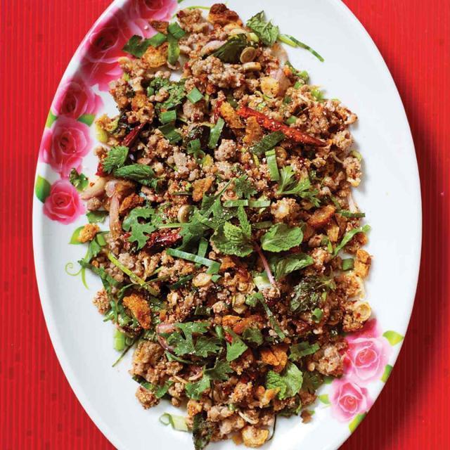 Rezept von Andy Ricker: Entenhack-Salat nach Isaan-Art (Laap Pet Isaan)