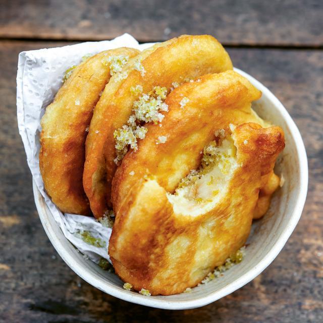 Rezept von Malte Härtig: Apfelbeignets mit Zitronenzucker