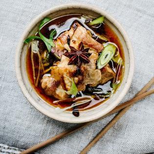 Rezept von Tian Tang: Chinesischer Schweinebauch mit Sternanis