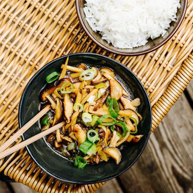 Rezept von Tian Tang: Gebratene Shiitakepilze mit Bambussprossen