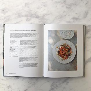 Kochbuch von Diana Henry: Von der Kunst, einen Pfirsich zu essen