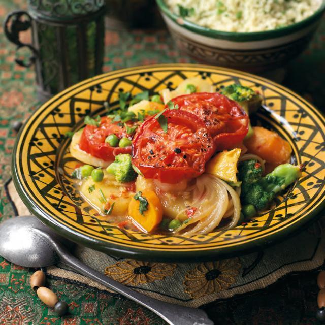 Rezept von Ghillie Başan: Tajine mit gebackenem Gemüse & Salzzitrone