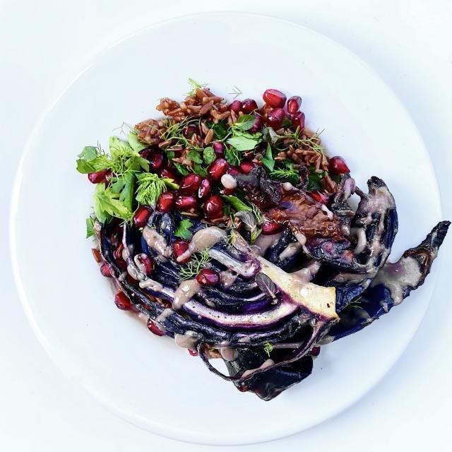Rezept von Catherine Phipps: Salat mit gebackenem Rotkohl & Camarguereis